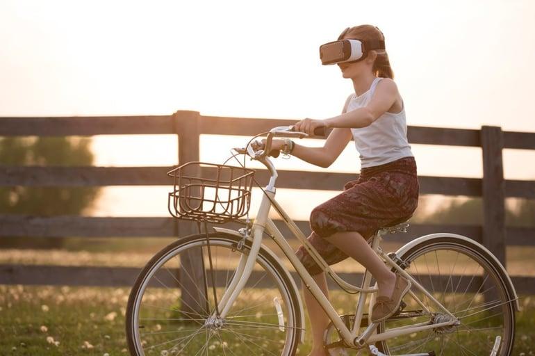 Sales_layer_christmas_virtual_reality_box