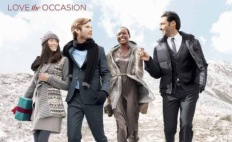 Ad for a seasonal catalog of Banana Republic with 4 people