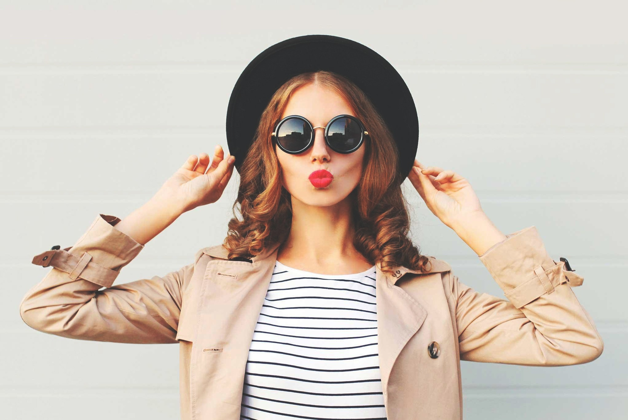 woman-sunglasses